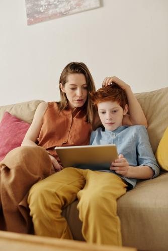 How to help children build money skills